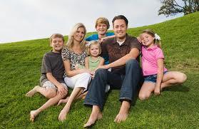 mas de 300.000 personas en la cv cuentan con el carnet de familia numerosa