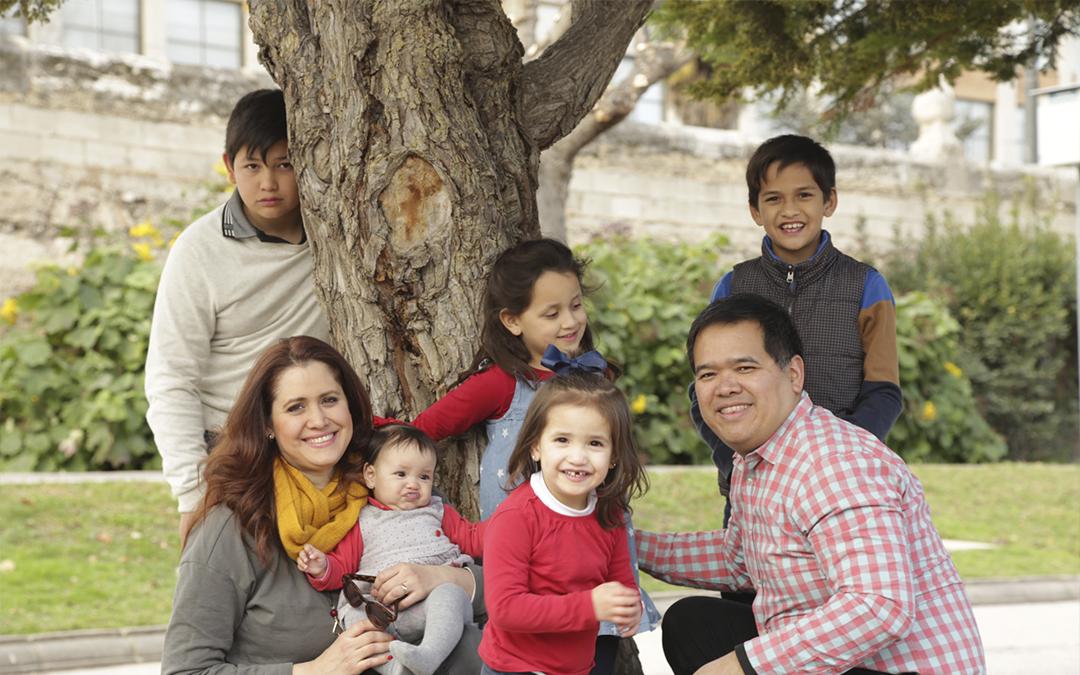 Necesitamos medidas que faciliten a las familias la maternidad y paternidad