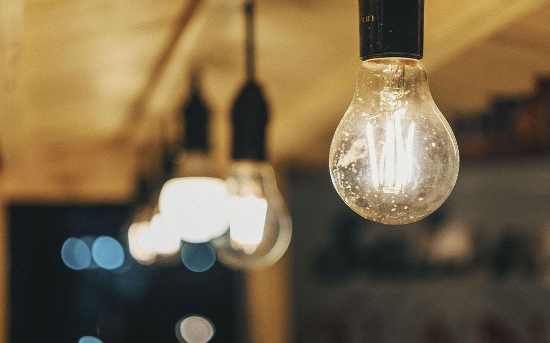 Reclamamos que se frene la subida de la luz para proteger a las familias