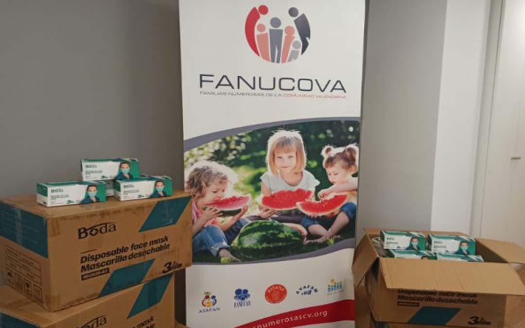 FANUCOVA recibe 10.000 mascarillas donadas para repartir entre sus asociaciones