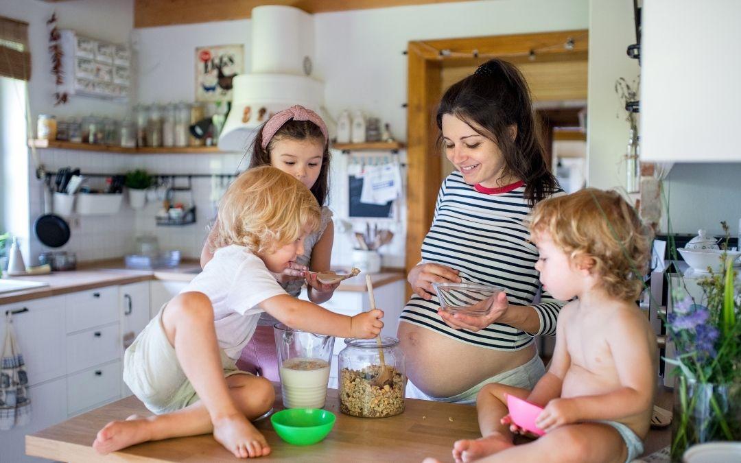 Familias Numerosas, satisfecha por la creación de una prestación universal por hijo, que pide desde hace años